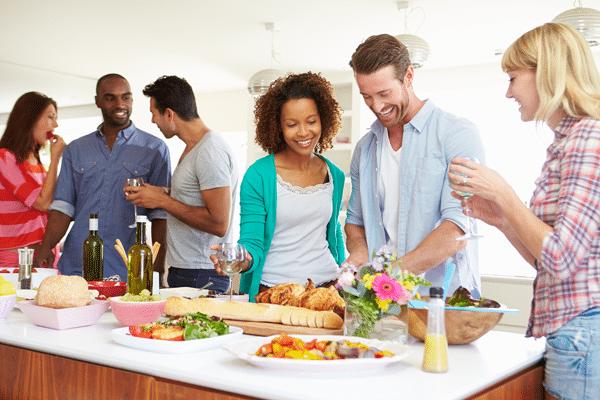 friends-making-food-together